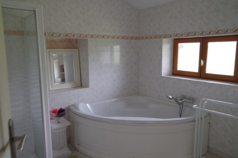 Sale house / villa Oussoy en gatinais 223000€ - Picture 7