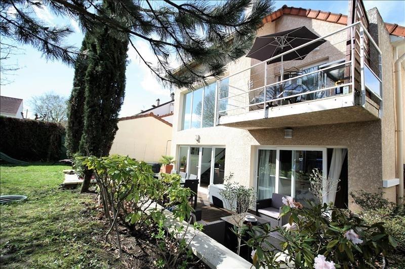 Sale house / villa Ste genevieve des bois 569000€ - Picture 1