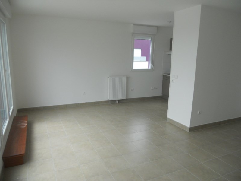 Location appartement Saint-herblain 799€ CC - Photo 2