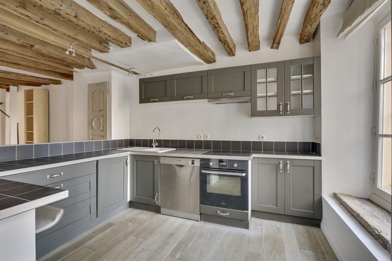 Sale apartment Versailles 540000€ - Picture 2