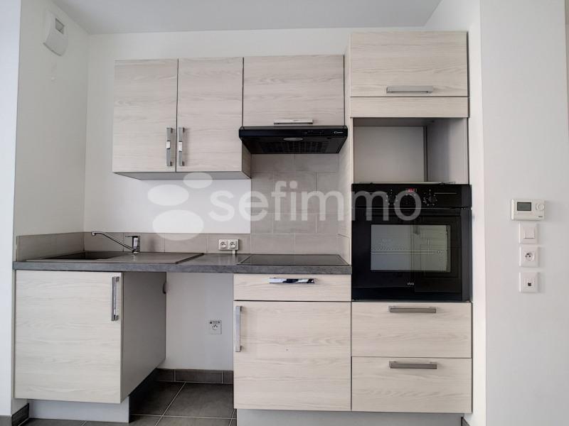 Rental apartment Marseille 5ème 750€ CC - Picture 5