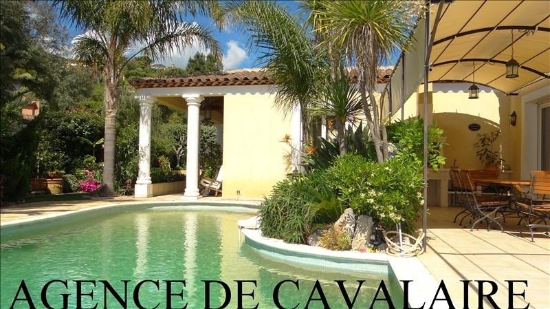 Deluxe sale house / villa Cavalaire sur mer 995000€ - Picture 1