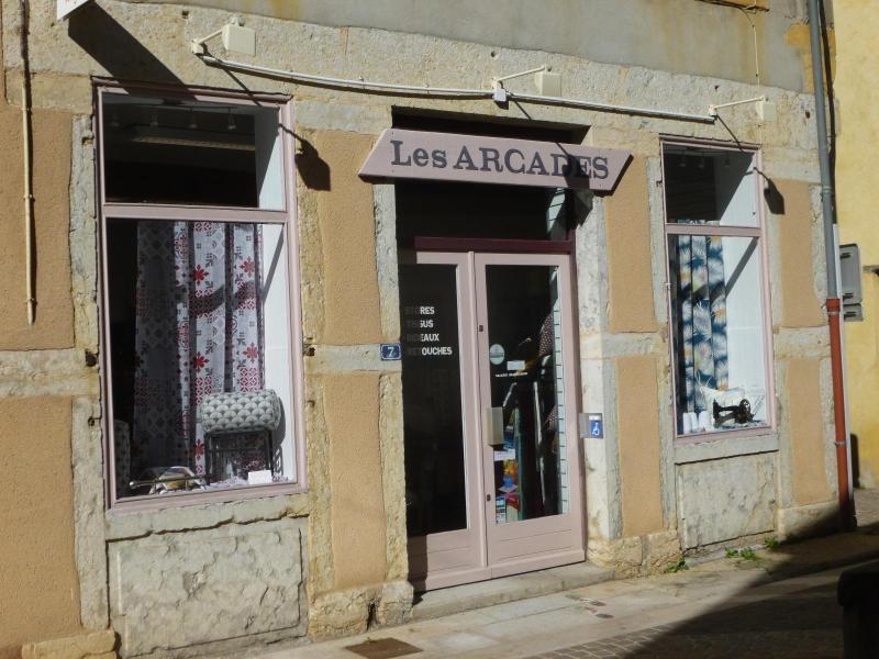 Location boutique L'arbresle 470€ CC - Photo 3