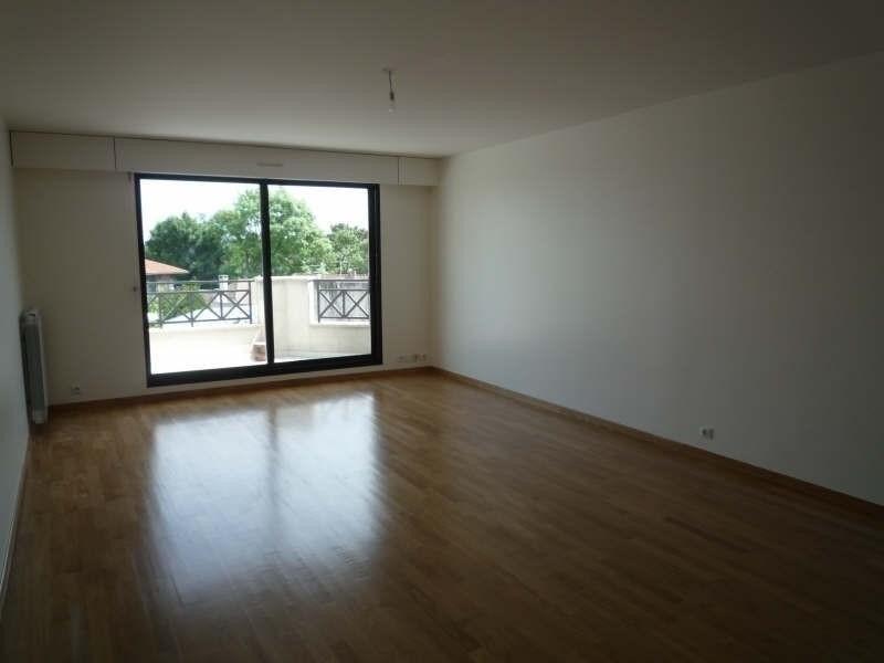Locação apartamento Garches 2225€ CC - Fotografia 13