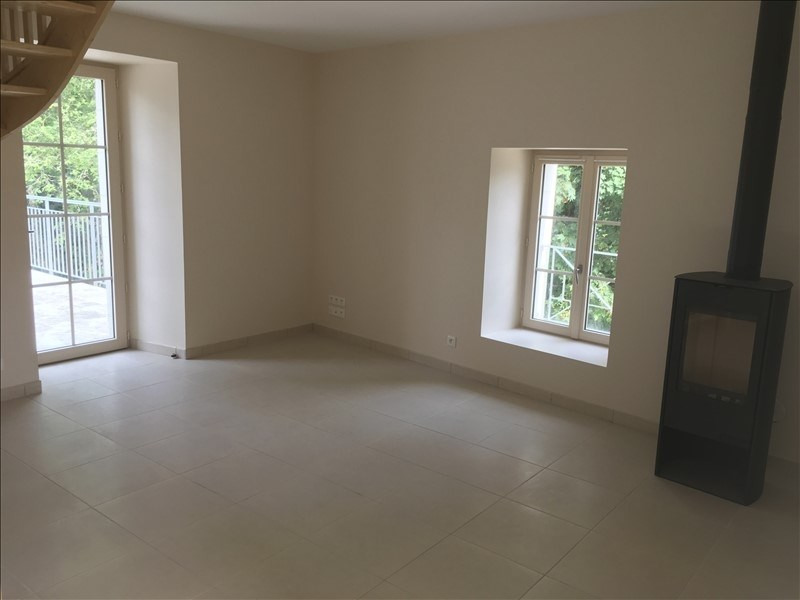 Location maison / villa Nouaille maupertuis 750€ CC - Photo 3