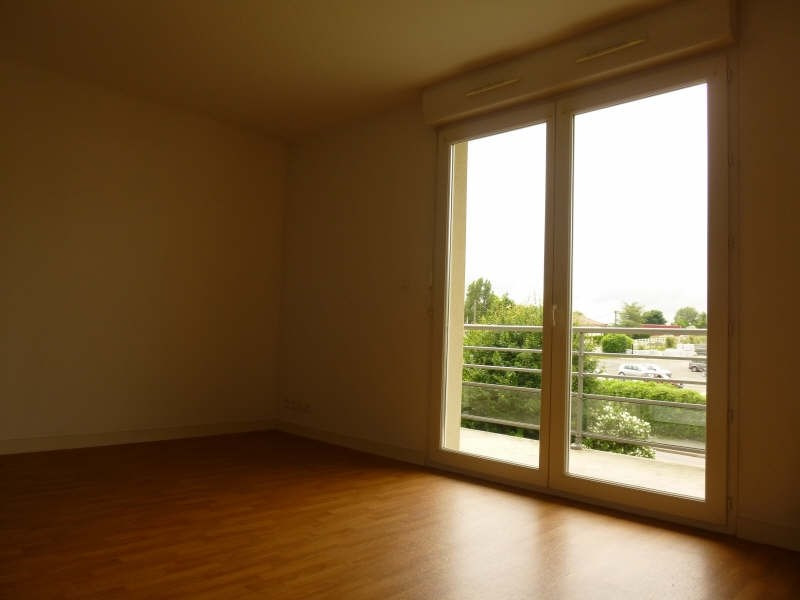Location appartement Poitiers 470€ CC - Photo 2