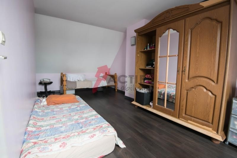 Sale house / villa Evry 210000€ - Picture 7