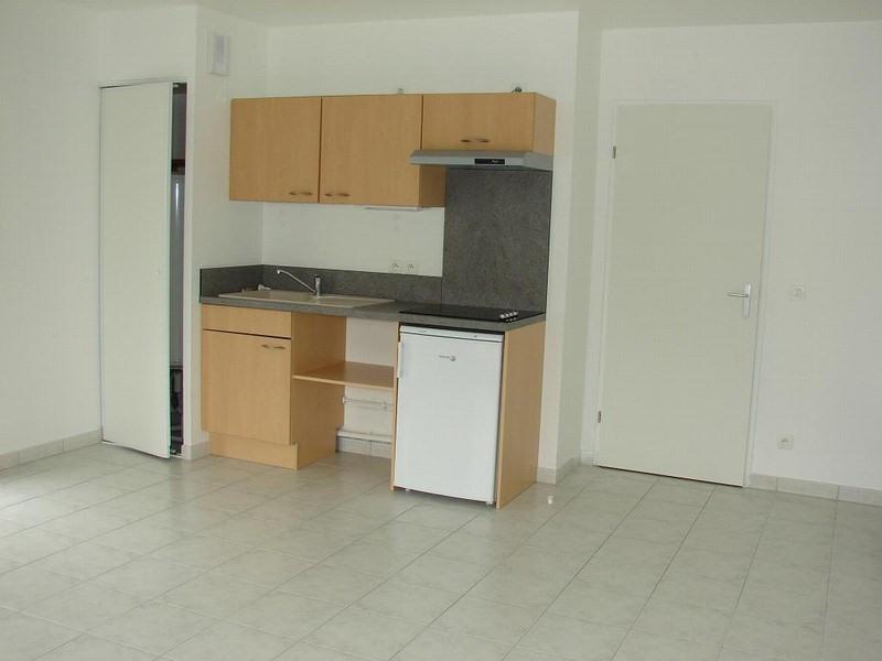 Verhuren  appartement St lo 345€ CC - Foto 2