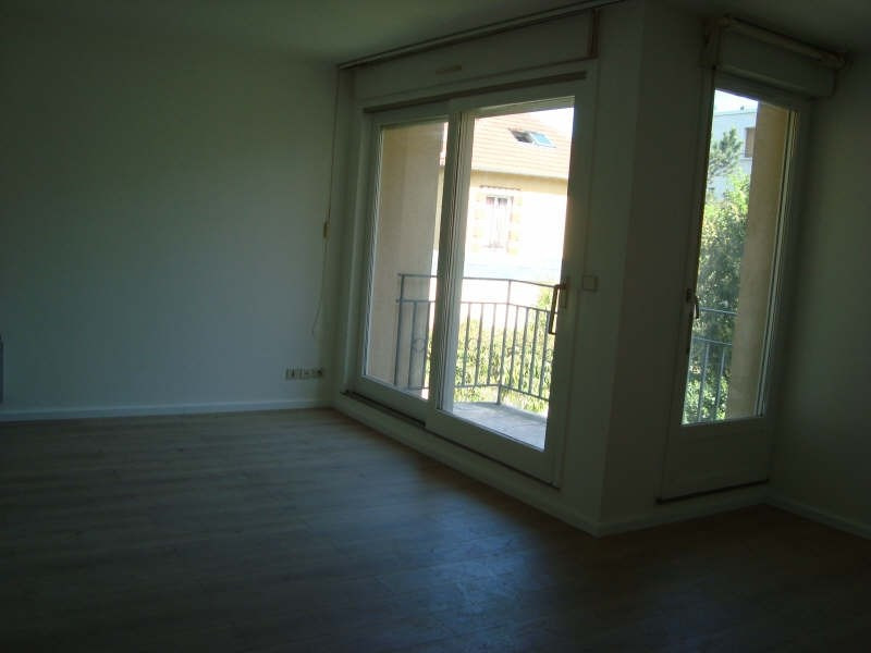 Location appartement Marly le roi 860€ CC - Photo 3