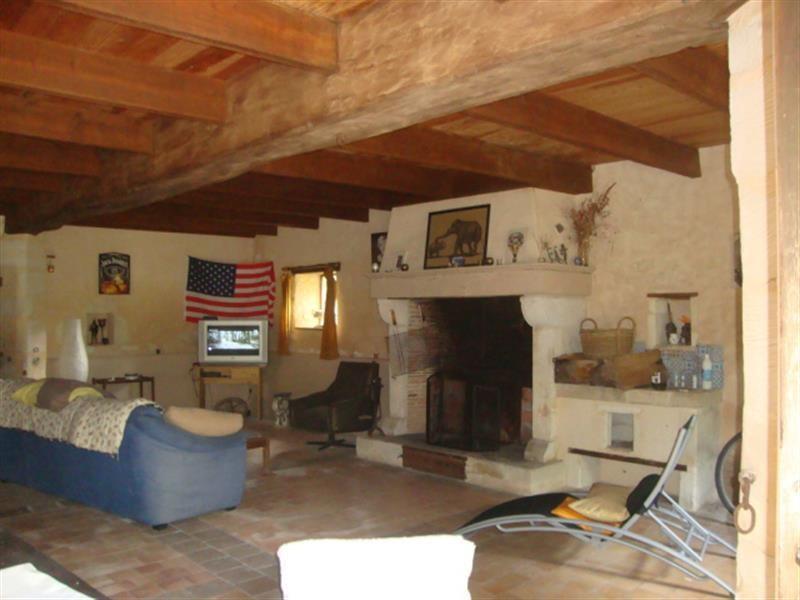 Sale house / villa Villeneuve-la-comtesse 259700€ - Picture 5