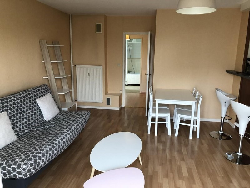 Rental apartment Châlons-en-champagne 432€ CC - Picture 3