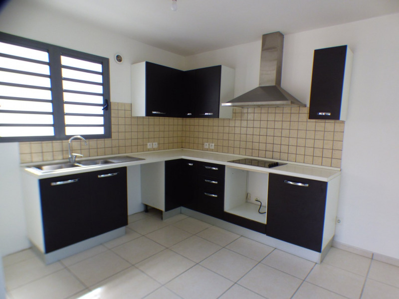 Sale house / villa St louis 242000€ - Picture 7