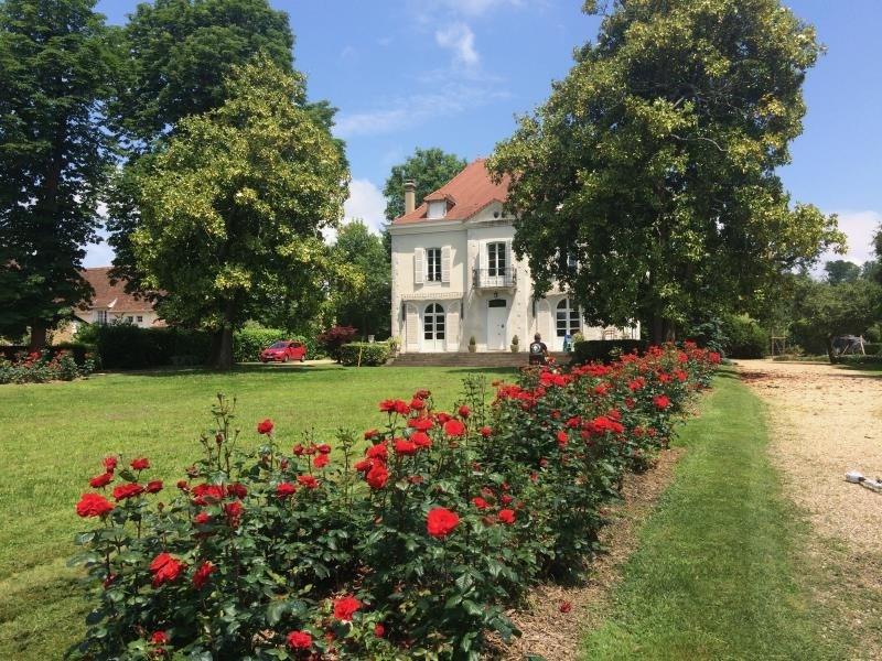 Deluxe sale house / villa Sauveterre de bearn 794000€ - Picture 2