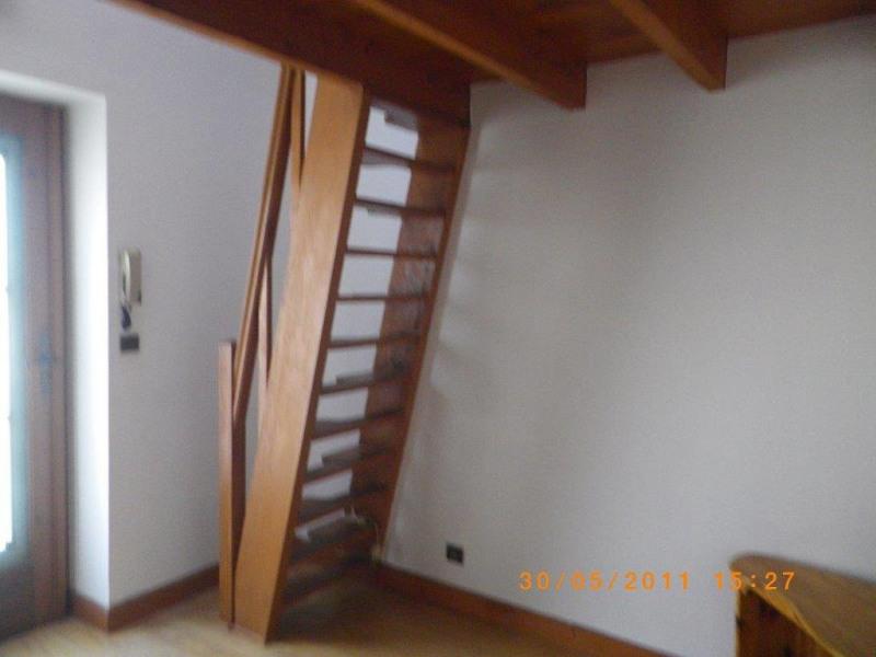 Rental apartment La ville du bois 409€ CC - Picture 2
