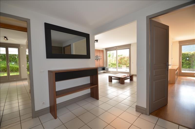 Vente de prestige appartement Bluffy 555000€ - Photo 4