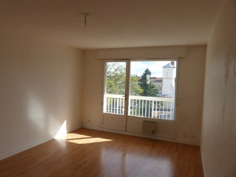 Location appartement Lyon 5ème 879€ CC - Photo 3