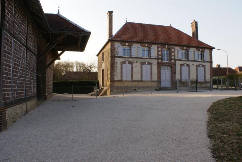 Location maison / villa Villemereuil 650€ CC - Photo 2
