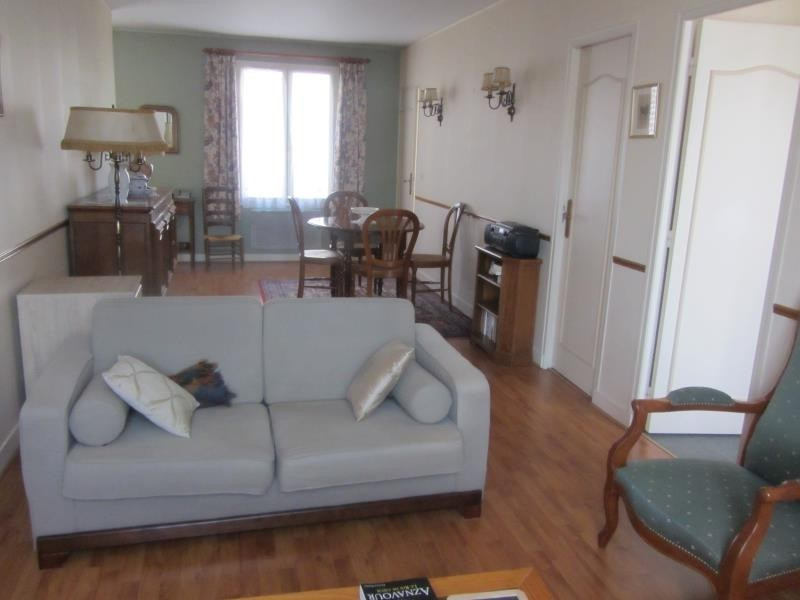 Sale apartment Osny 154900€ - Picture 3