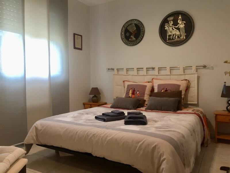 Sale house / villa Ares 416000€ - Picture 4