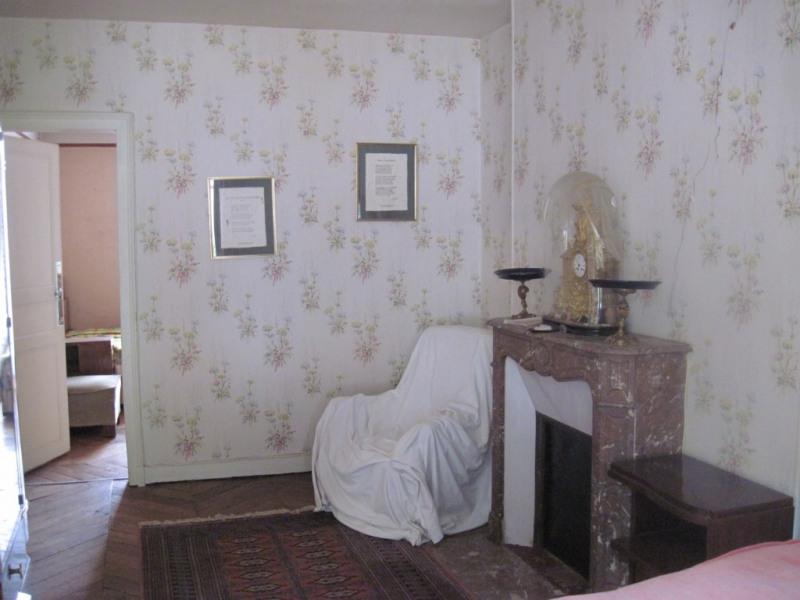 Sale house / villa La chartre sur le loir 107750€ - Picture 3