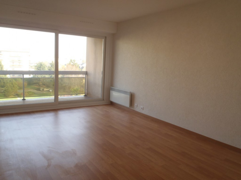 Rental apartment Ambilly 1295€ CC - Picture 2