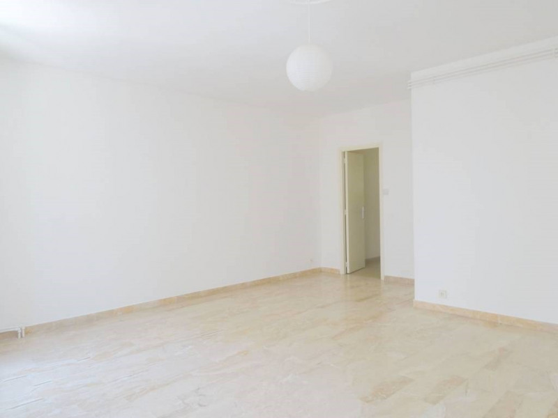 Rental apartment Avignon 550€ CC - Picture 4