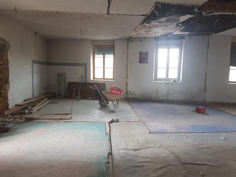 Sale apartment Liergues 110000€ - Picture 1