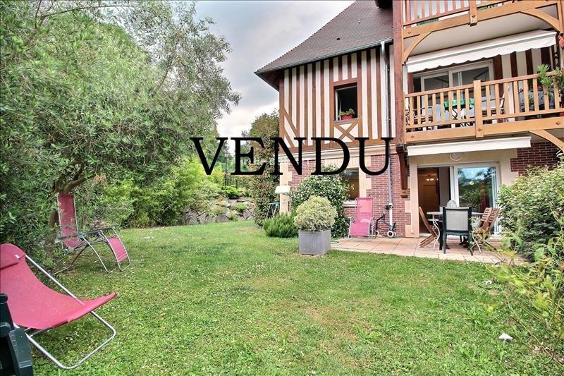 Sale apartment Deauville 380000€ - Picture 1