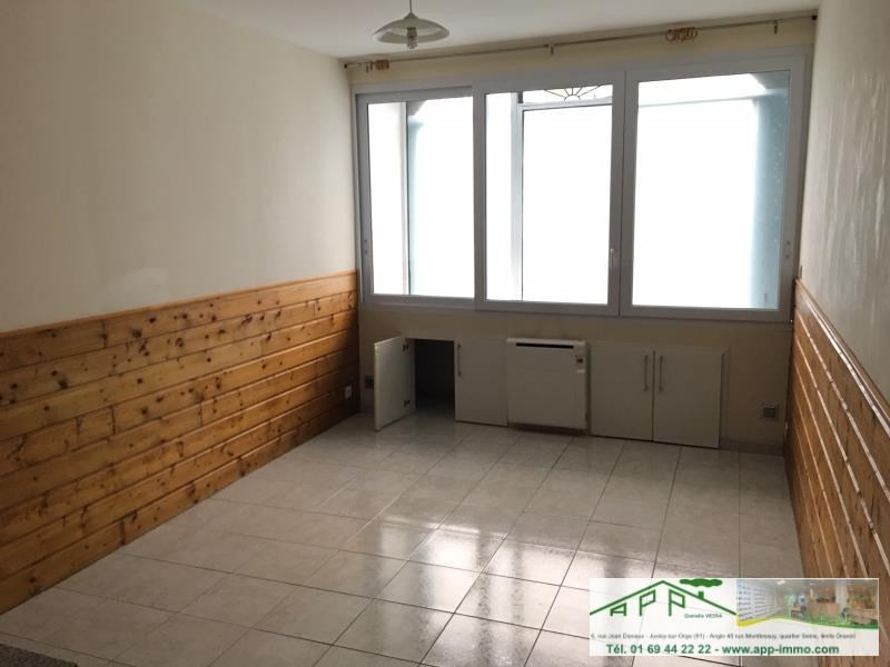 Rental apartment Athis mons 683€ CC - Picture 2