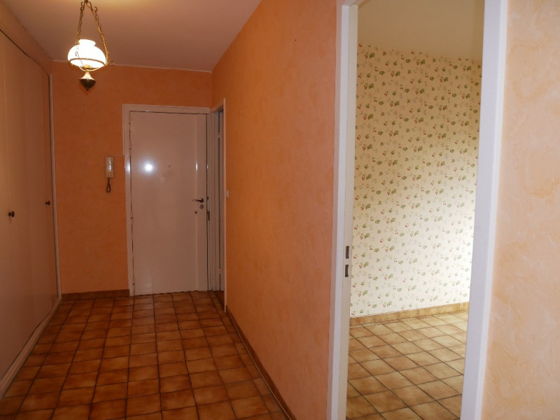 Sale apartment Poissy 290000€ - Picture 5