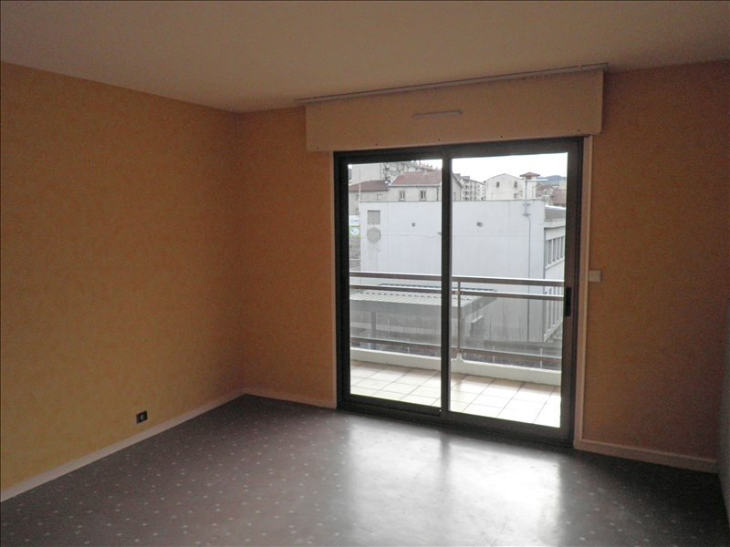 Rental apartment Le puy en velay 569,75€ CC - Picture 4