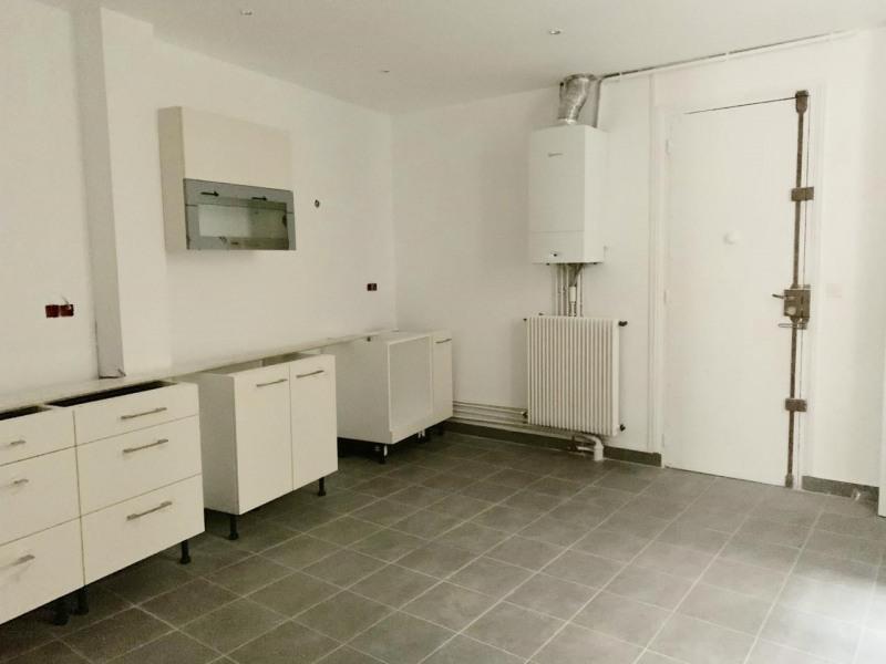 Rental apartment Paris 11ème 4620€ CC - Picture 12