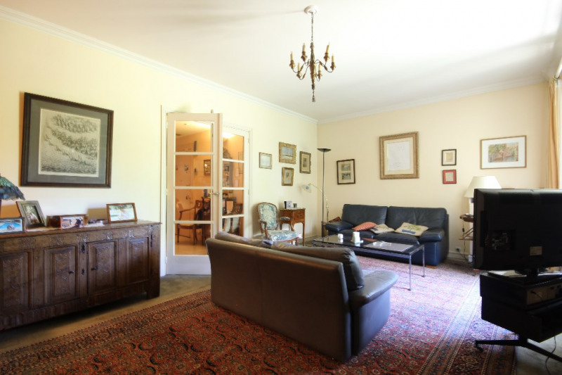 Deluxe sale apartment Saint germain en laye 1 120 000€ - Picture 2