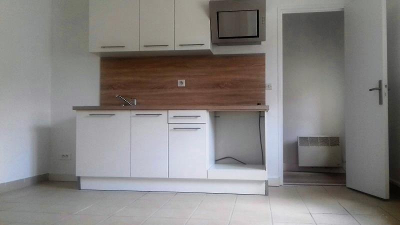 Rental apartment Taverny 695€ CC - Picture 1