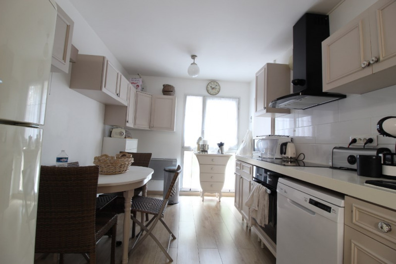 Vente appartement Hyeres 393 700€ - Photo 3