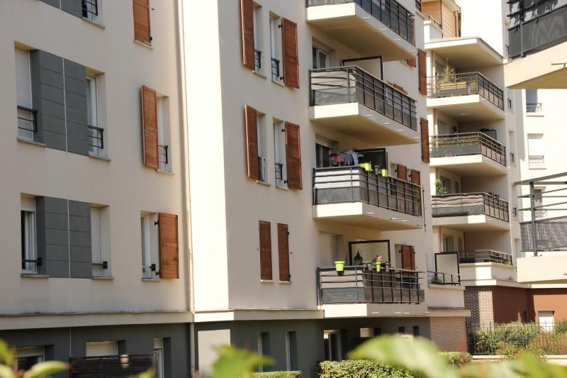 Sale apartment Eragny sur oise 228 800€ - Picture 2