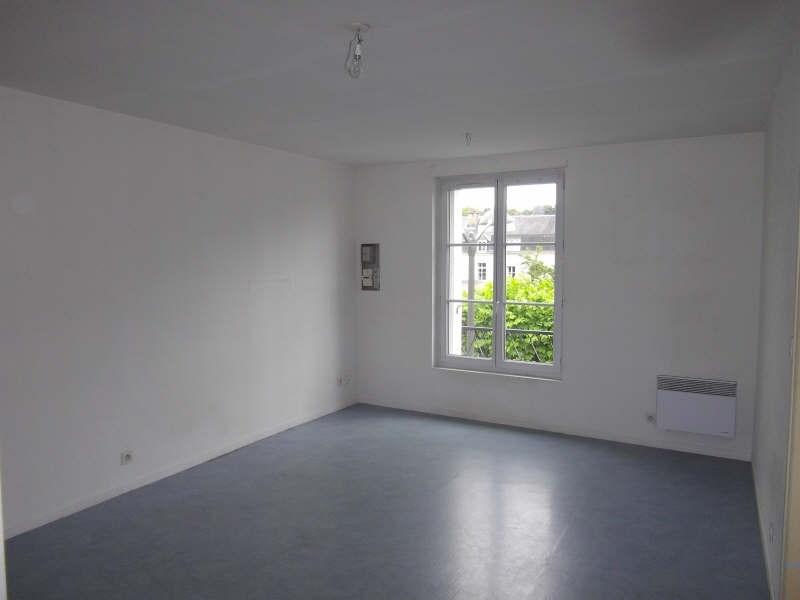 Location appartement Vendome 466€ CC - Photo 1