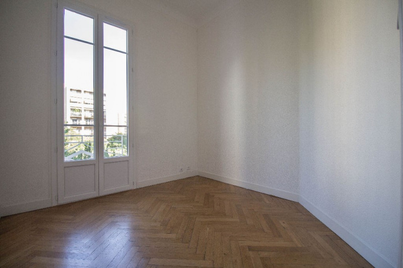 Location appartement Nice 699€ CC - Photo 3