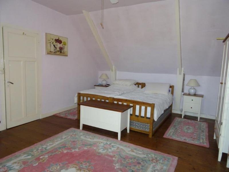 Sale house / villa Plusquellec 64200€ - Picture 8