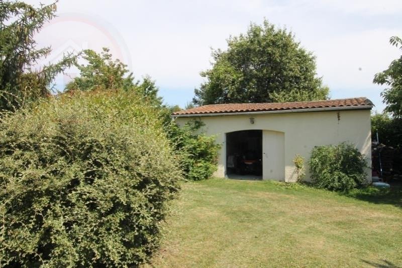 Sale house / villa St aubin de lanquais 258000€ - Picture 7