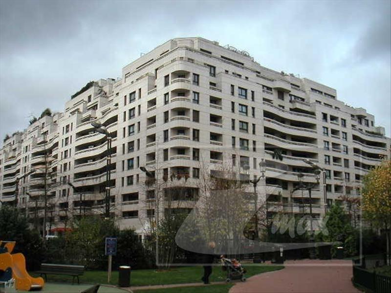 Rental parking spaces Levallois 110€ CC - Picture 4