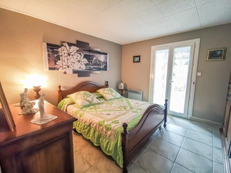 Sale house / villa St maximin la ste baume 381600€ - Picture 8