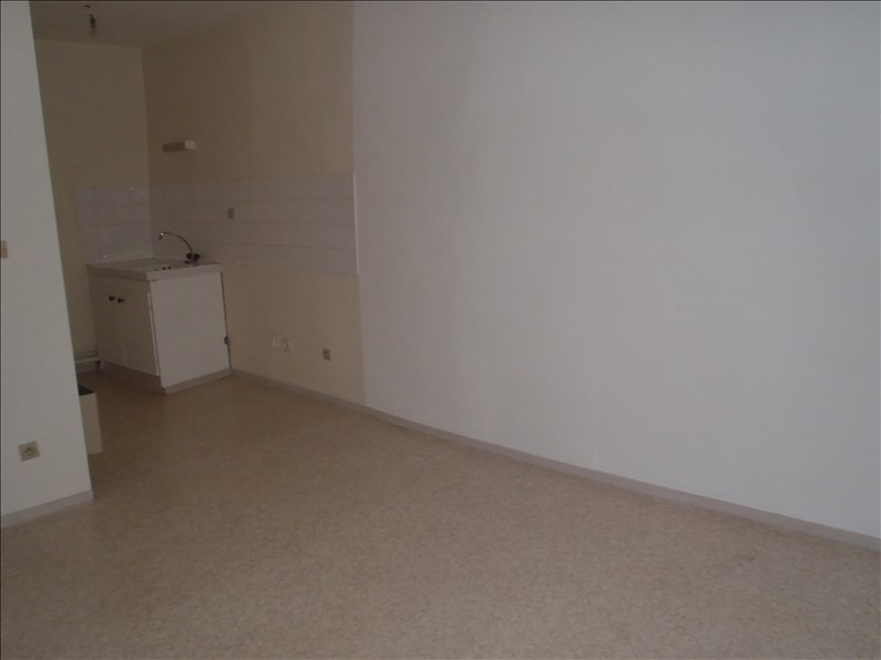 Rental apartment Montelimar 357€ CC - Picture 3