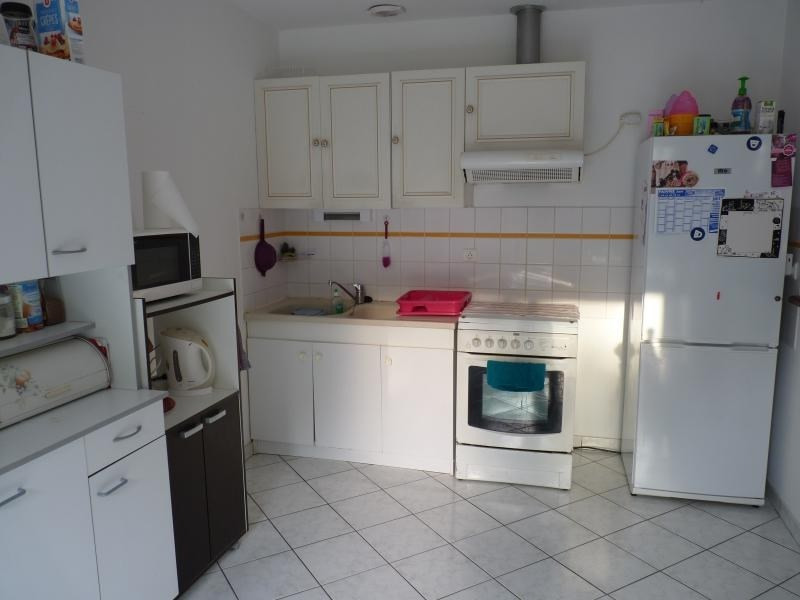 Location maison / villa La chaize le vicomte 550€ CC - Photo 3