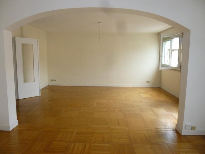 Sale apartment Grenoble 343000€ - Picture 2