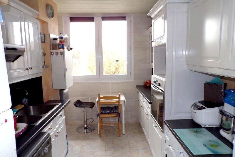 Sale apartment Ste genevieve des bois 189000€ - Picture 3