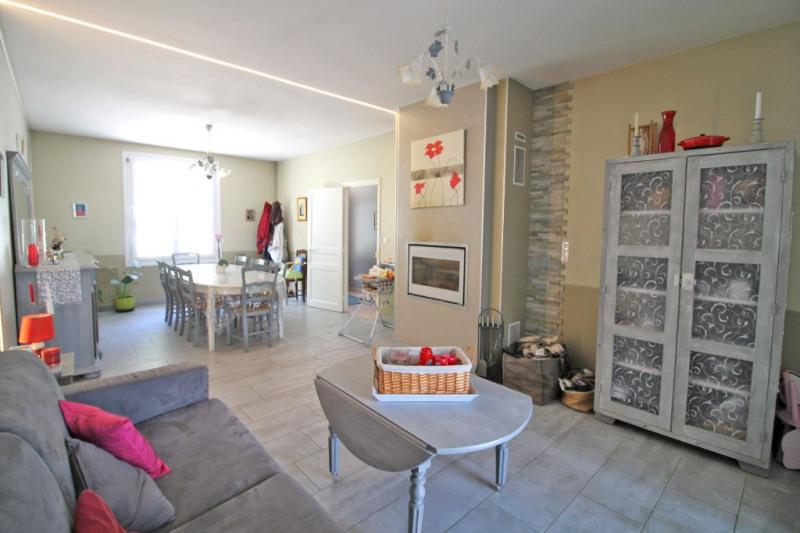 Sale house / villa La chartre sur le loir 226800€ - Picture 6