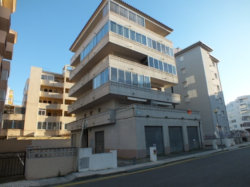 Vente appartement Roses-santa-margarita 155 000€ - Photo 2