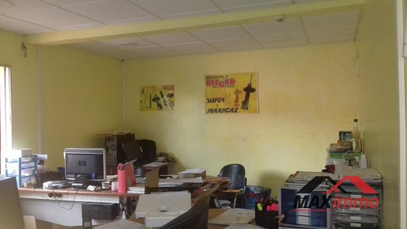 Vente local commercial St andre 290 000€ - Photo 1