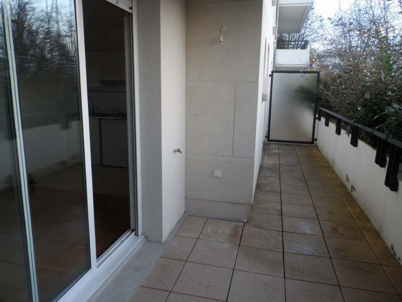Rental apartment Chatenay malabry 997€ CC - Picture 2